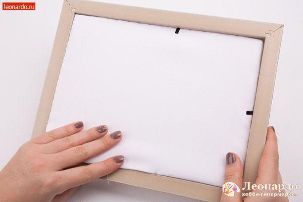 Как крепить вышивку к рамке